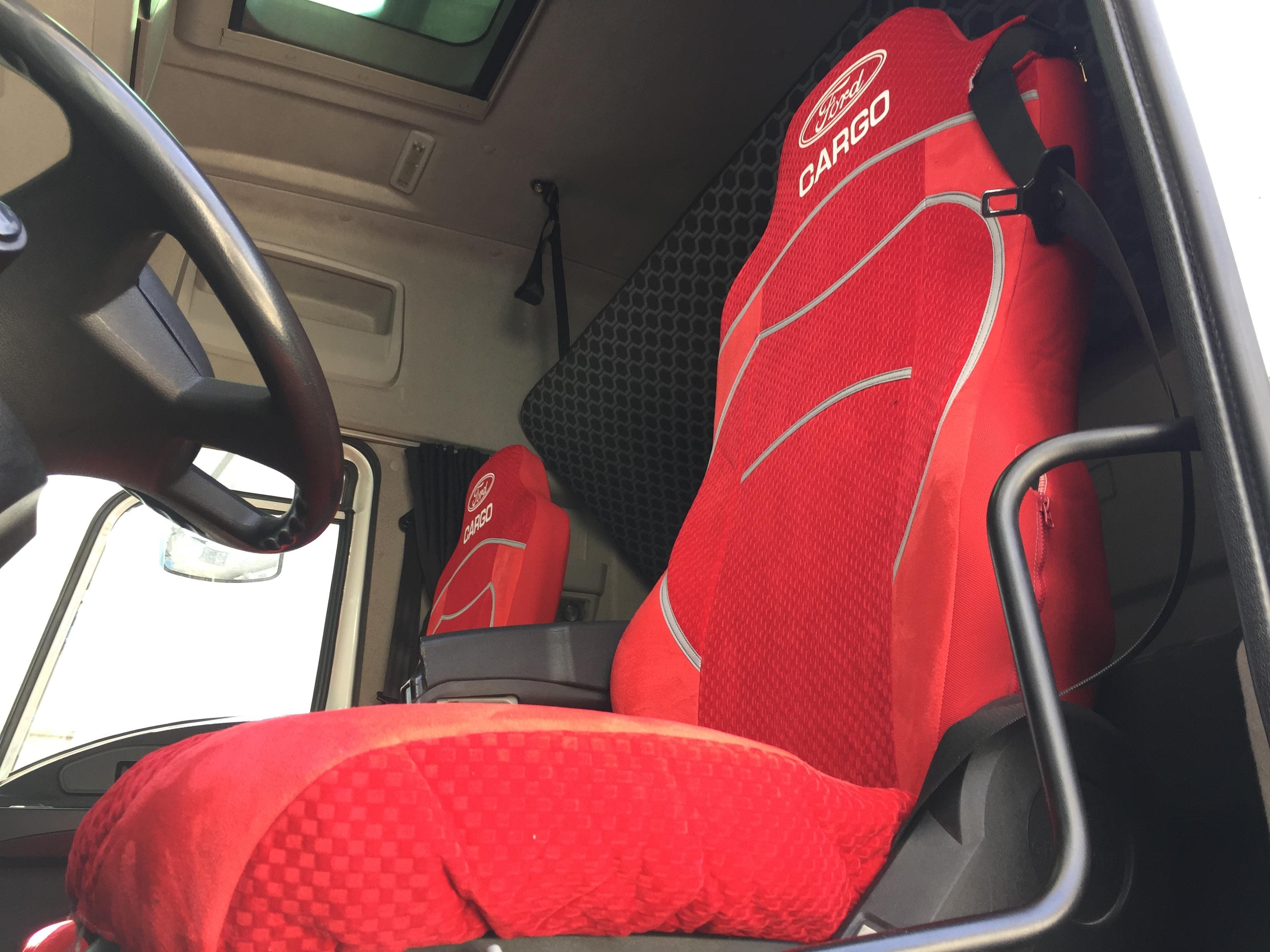 Ford cargo kırmızı kılıf