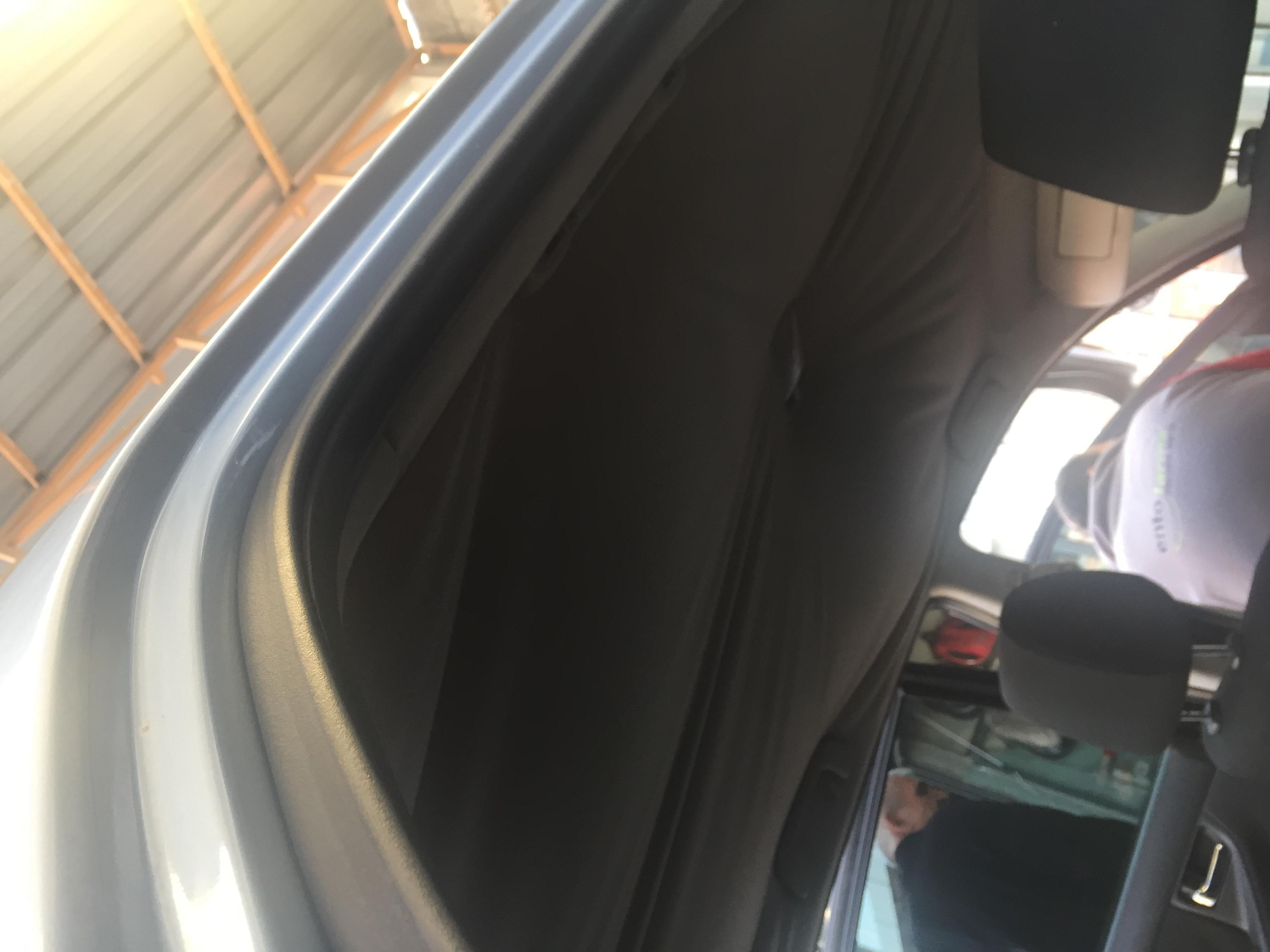 Toyota corolla tavan döşemesi değişimi