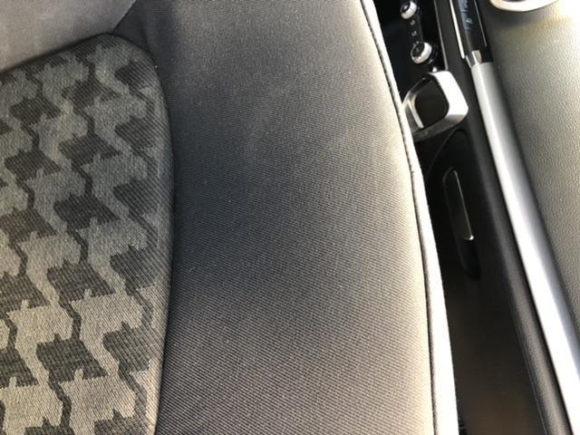 Audi a3 yırtık tamiri(kumaş değişimi)