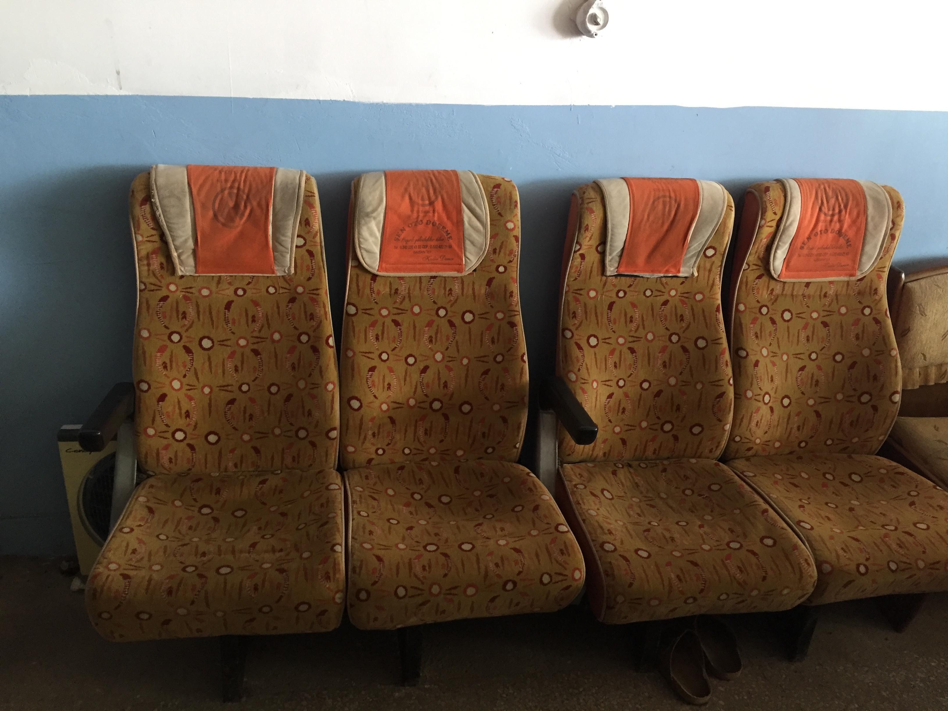 8' li tekli yolcu koltuk