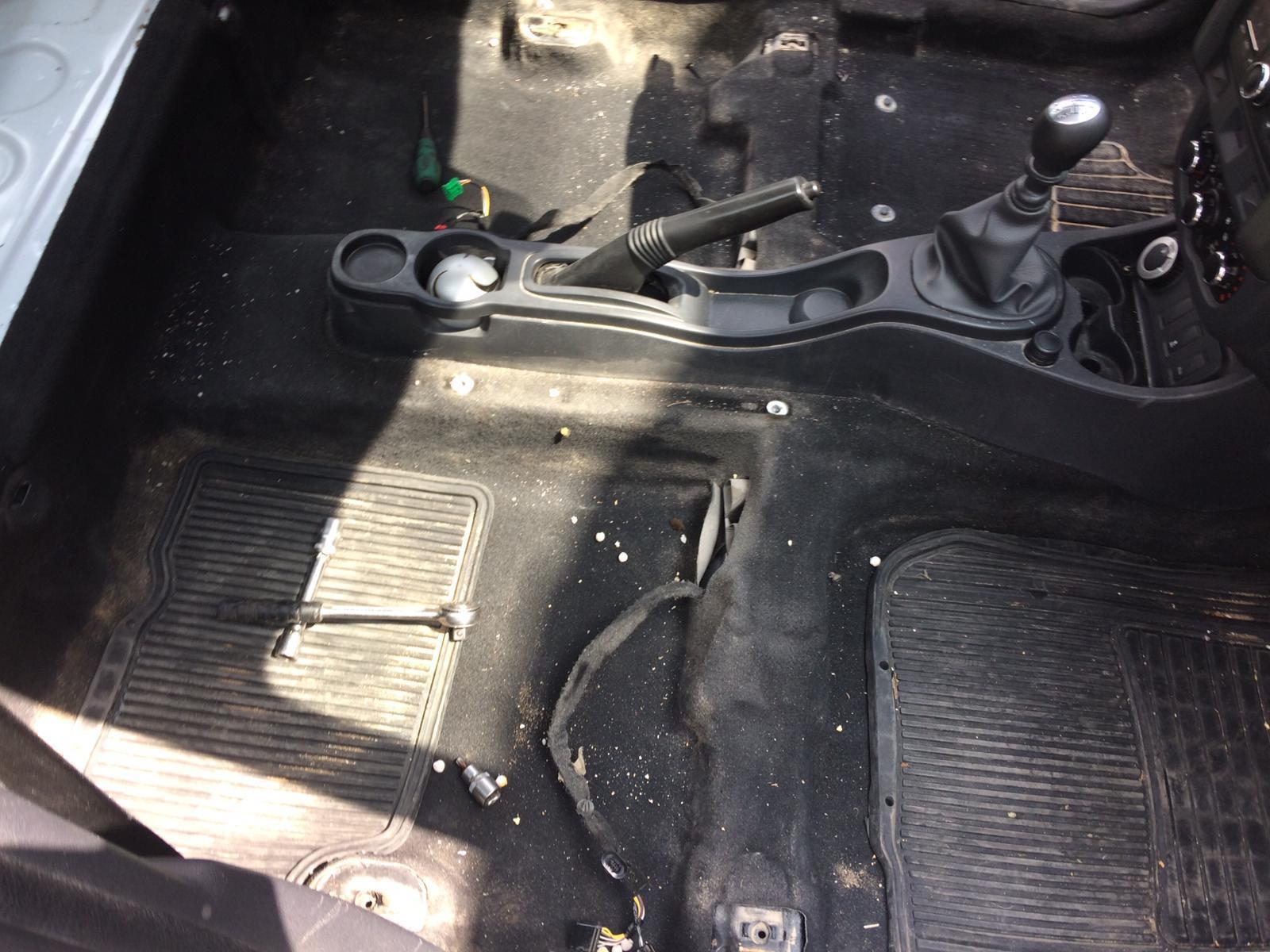 Dacia duster taban döşemesi